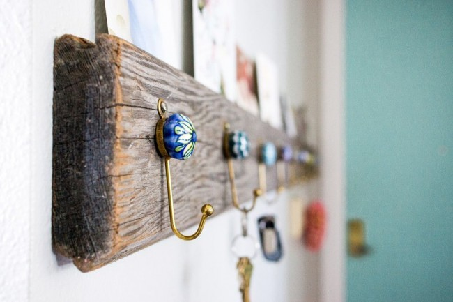 How to make a DIY Key Holder / Key hanger / key rack – Step-by-Step Guide -- Making such a key hanger is easy as pie