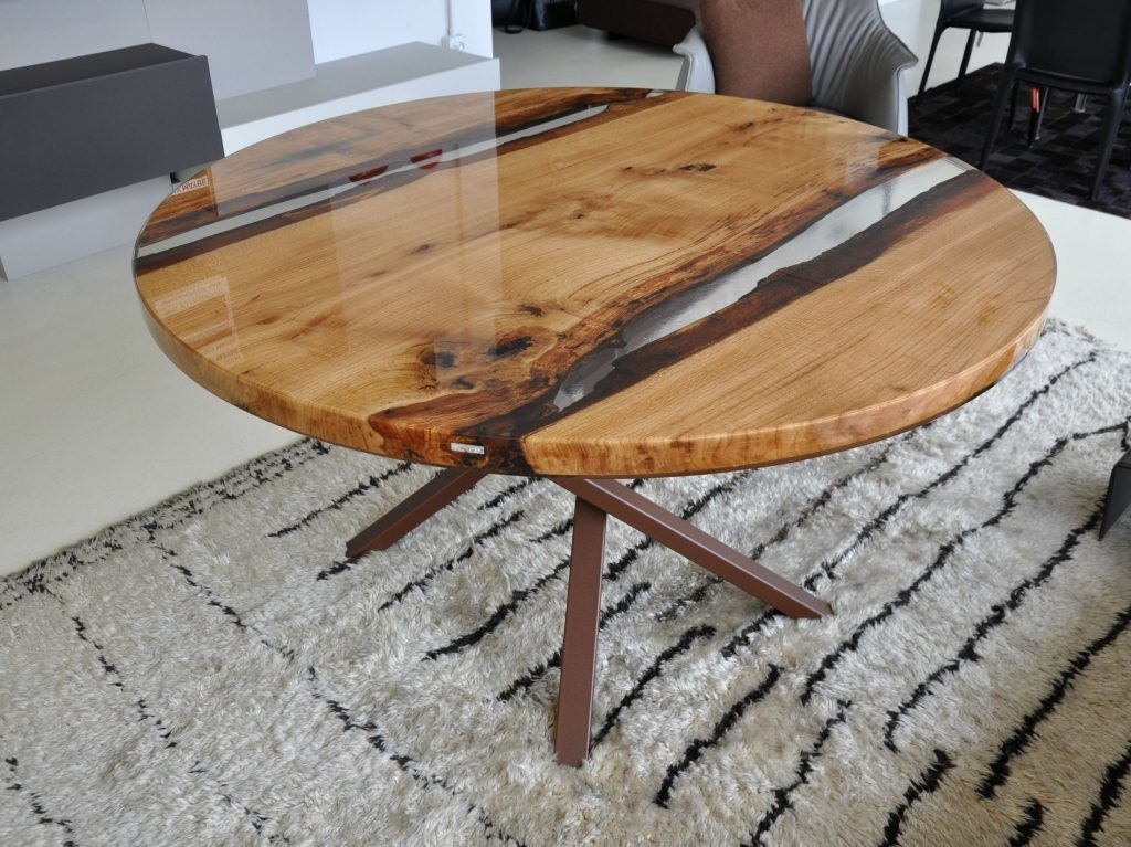 How to make a DIY Epoxy Resin Table - River Table – Step-by-Step Guide --Plain round resin tabletop