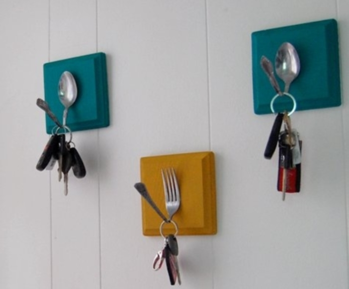 How to make a DIY Key Holder / Key hanger / key rack – Step-by-Step Guide -- The main thing is that it can withstand the weight of the key