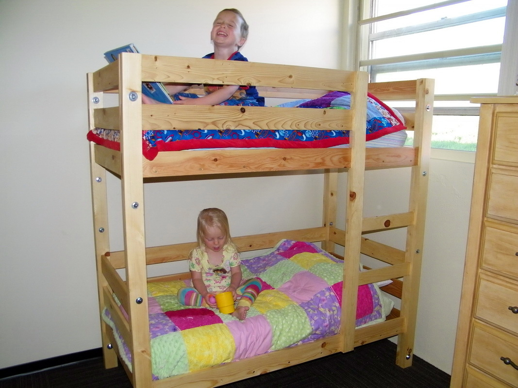 How to make a DIY bunk bed / double deck bed - Step-by-Step Guide - DIY pine bunk bed for children