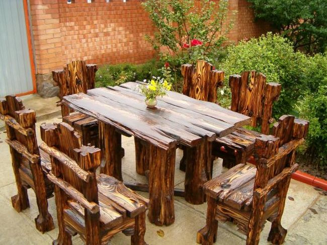 How to Make a Dining Farmhouse Table – Step-by-Step DIY Guide -- A bit of spare wood, varnish and nails. That's it!