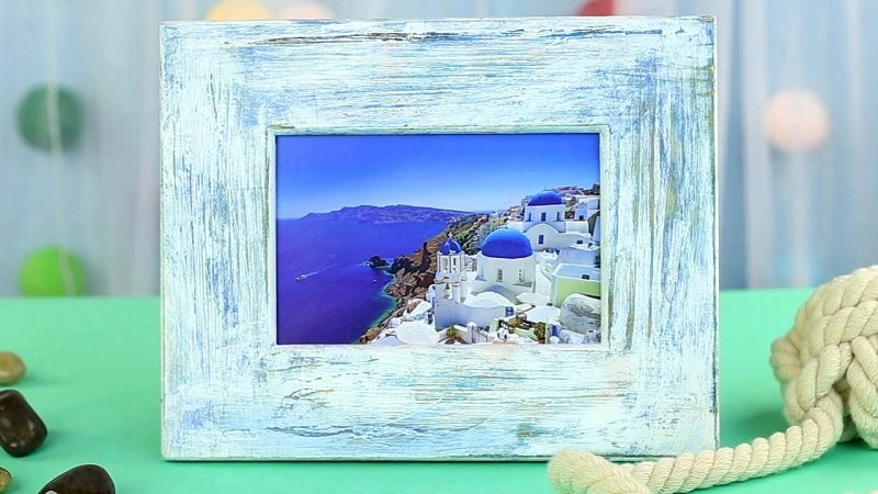 How to Make a DIY Picture Frame – Step-by-Step Guide -- It is important to remember the purpose to frame the image and serve only as a background (not to overshadow the actual photo)