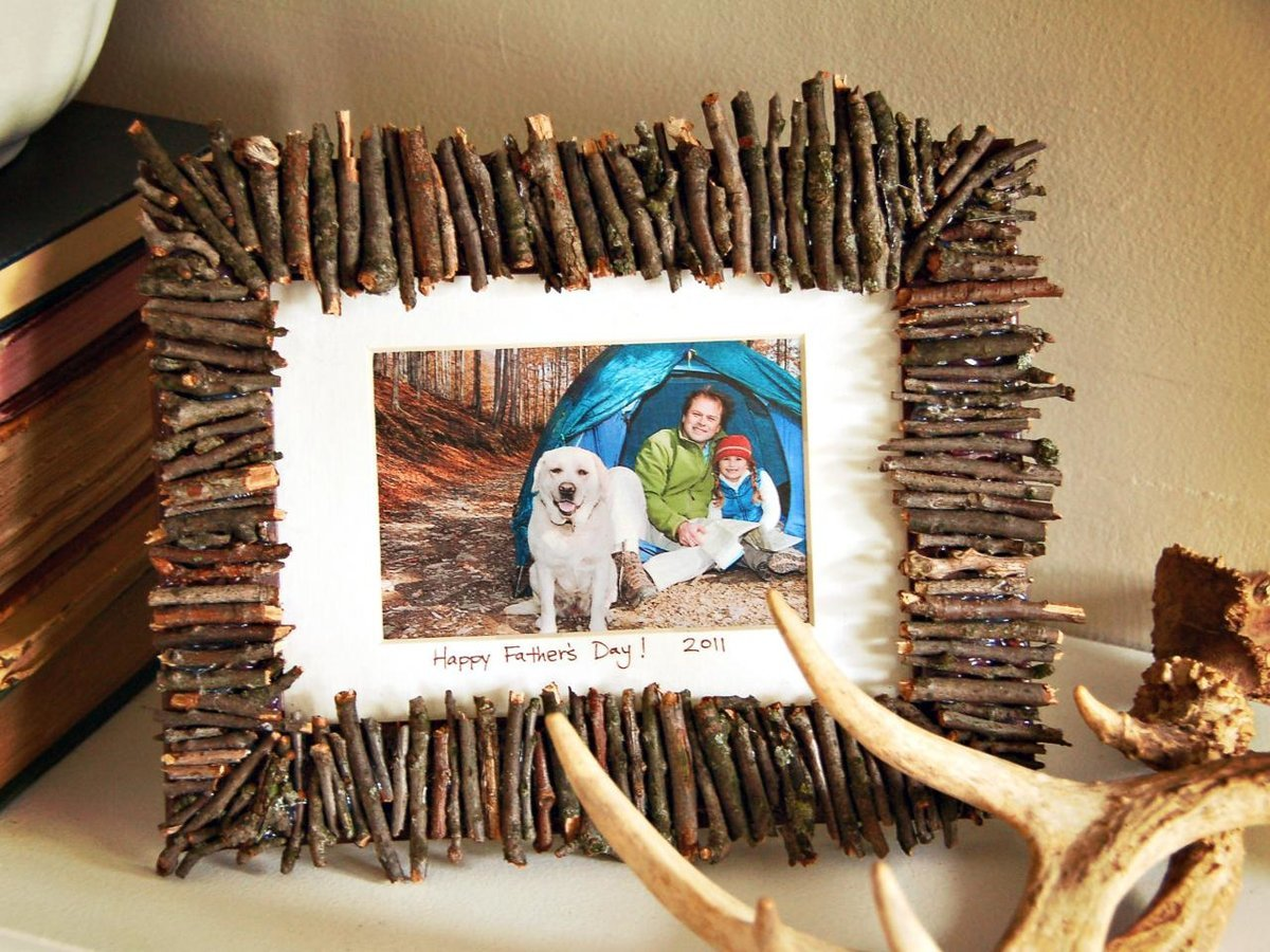 How to Make a DIY Picture Frame – Step-by-Step Guide -- For small images and photos, there are many interesting ideas for using different materials