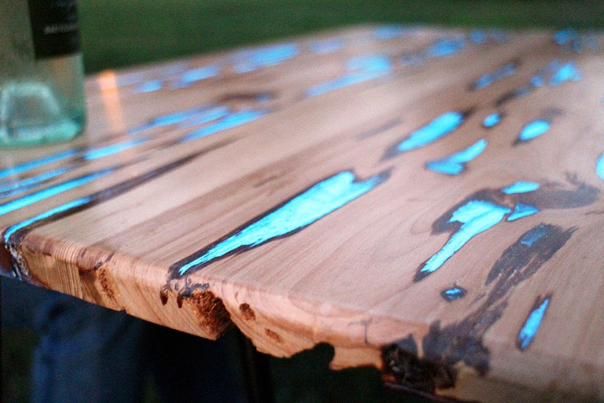 How to make a DIY Epoxy Resin Table - River Table – Step-by-Step Guide -- Looks like something truly out of this world